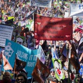 Des milliers de travailleurs descendent dans la rue